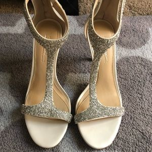 Vince camuto imagine heels